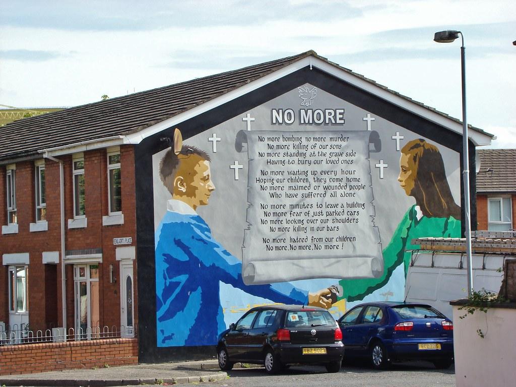C 0962 northern ireland belfast murals no more for Mural northern ireland