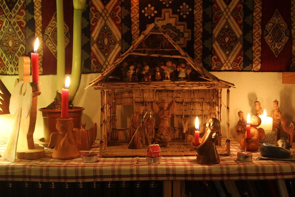 weihnachten 2011 weihnachten 2011 bescherung krippe. Black Bedroom Furniture Sets. Home Design Ideas
