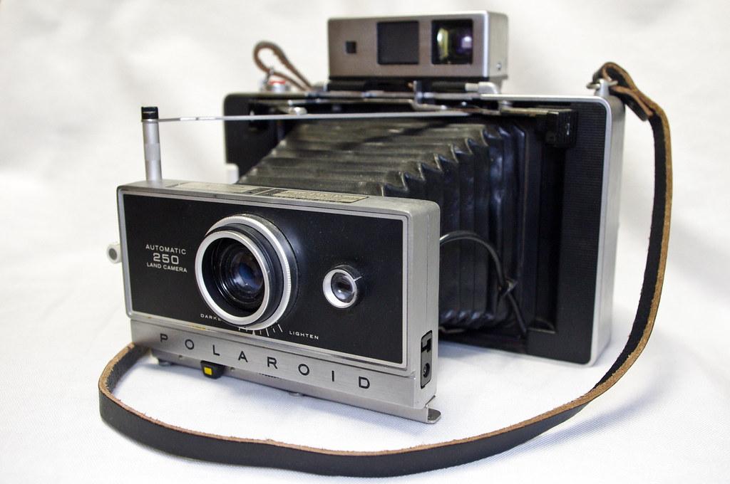Automatic 250 Land Camera