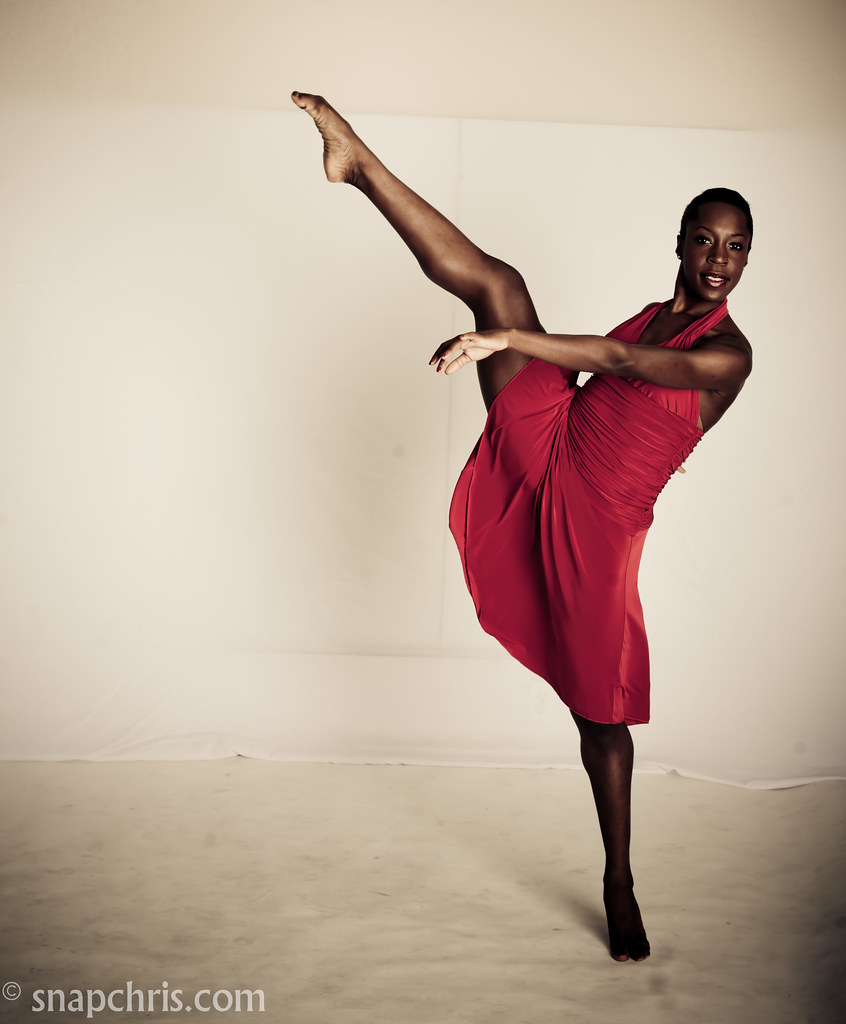 Old Black Rugby Dance: Pretty African American Ballet Dancer