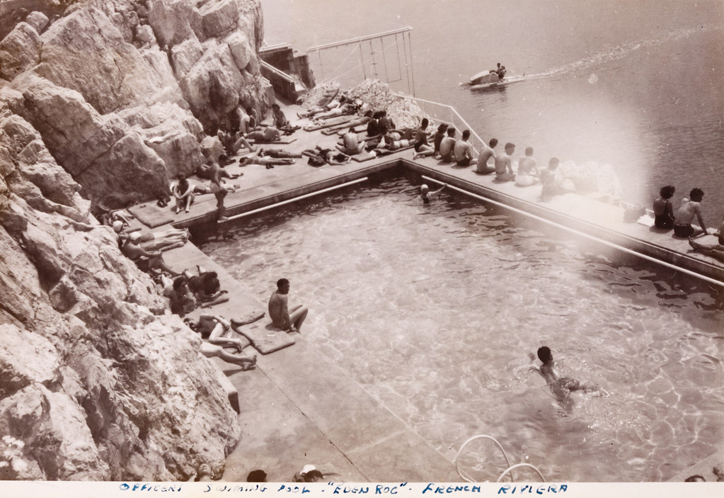 1945 Wwii American Soldiers On R Amp R At The Swimming Pool Of