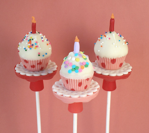 Birthday Cupcake Pops-Rice Krispies Treats