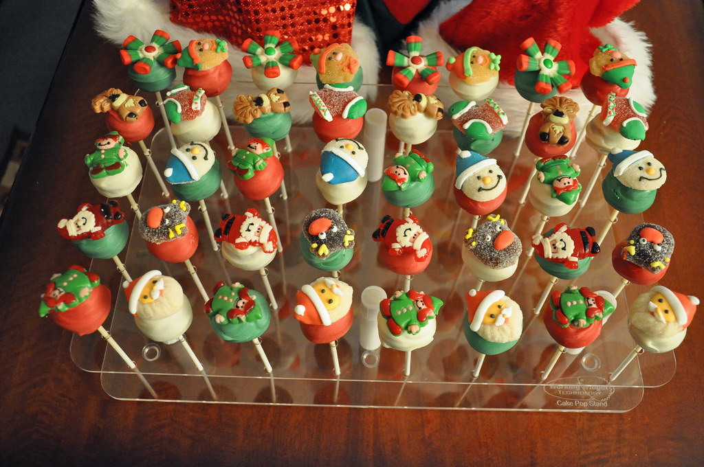 christmas cake pops cake pops themed cake pops made with 2930