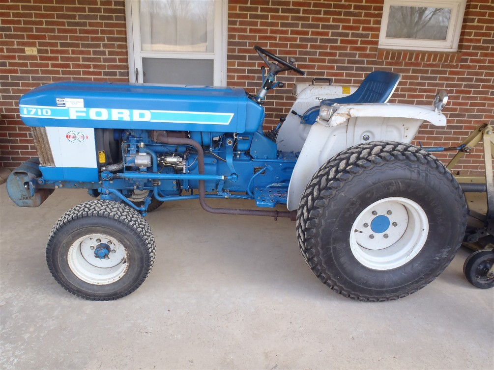 Ford 1710 Diesel Tractor