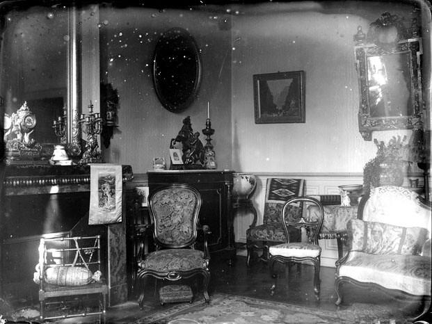 Int rieur d 39 un salon bourgeois allemagne fonds trutat for Interieur 1900