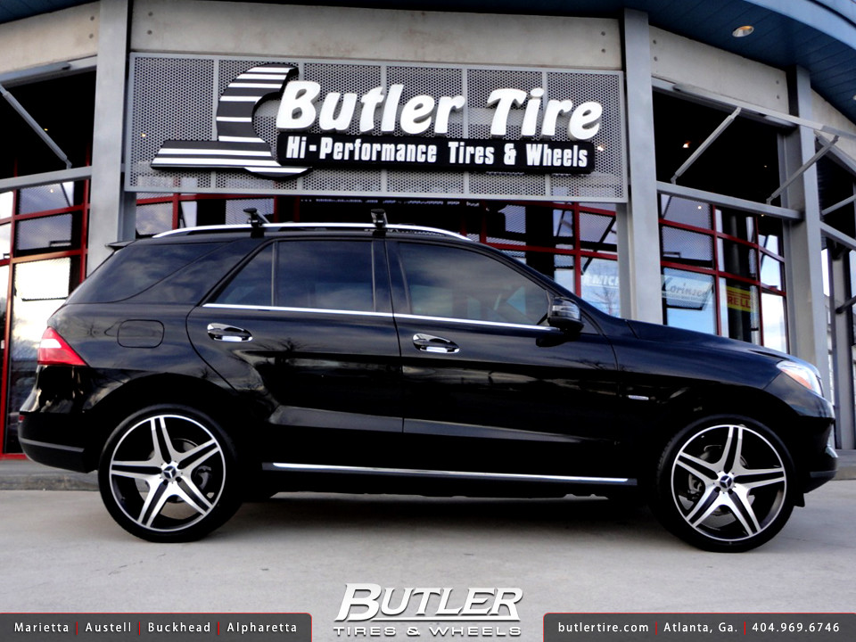 Mercedes Ml350 With 22in Eurosport Mb10 Wheels
