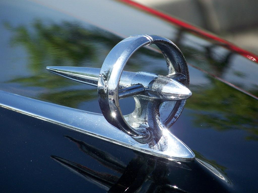 1975 1976-1979 Vintage Buick Electra LeSabre tri-shield ... |Vintage Buick Hood Ornaments