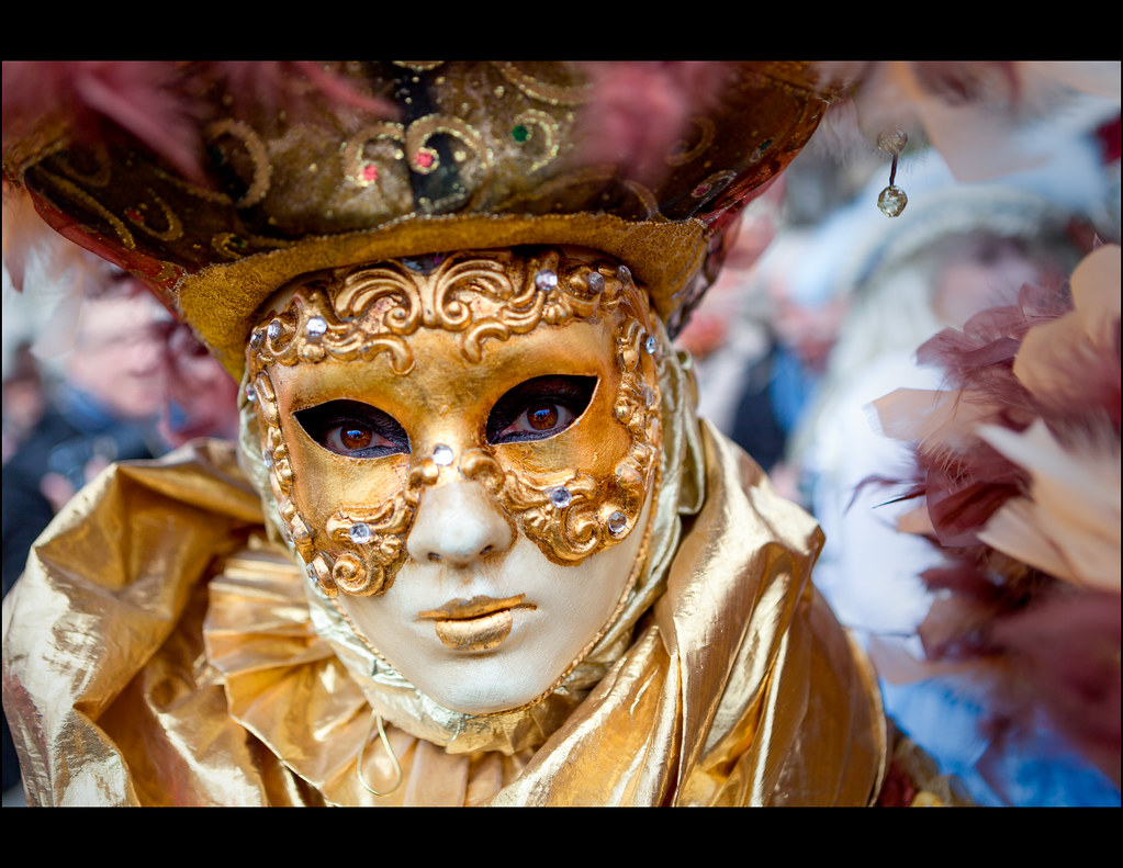 Les yeux sont le miroir de l 39 me carnaval v nitien for Miroir de l ame