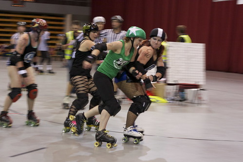 Miss-Be-Shavin': Van Diemen Rollers vs. South Island Sirens | by Christopher Neugebauer