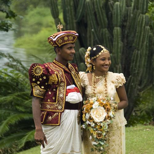 Kandyan wedding dress sri lanka flickr photo sharing for Sri lankan wedding dress