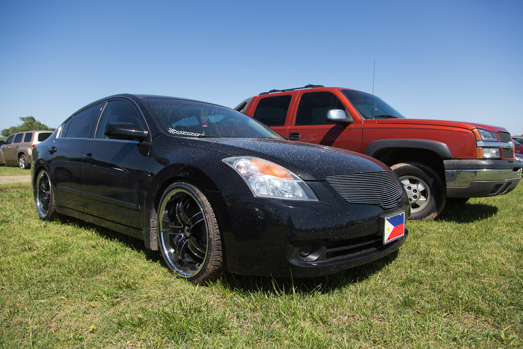 nissan altima with big black rims tor flickr. Black Bedroom Furniture Sets. Home Design Ideas