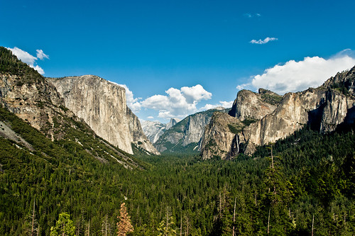 Tunnel View (Yosemite National Park) | by www.bazpics.com