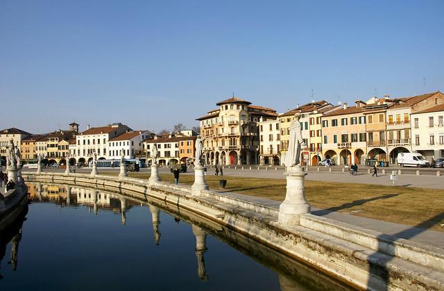 Prato della valle padova flickr photo sharing for Mercato prato della valle