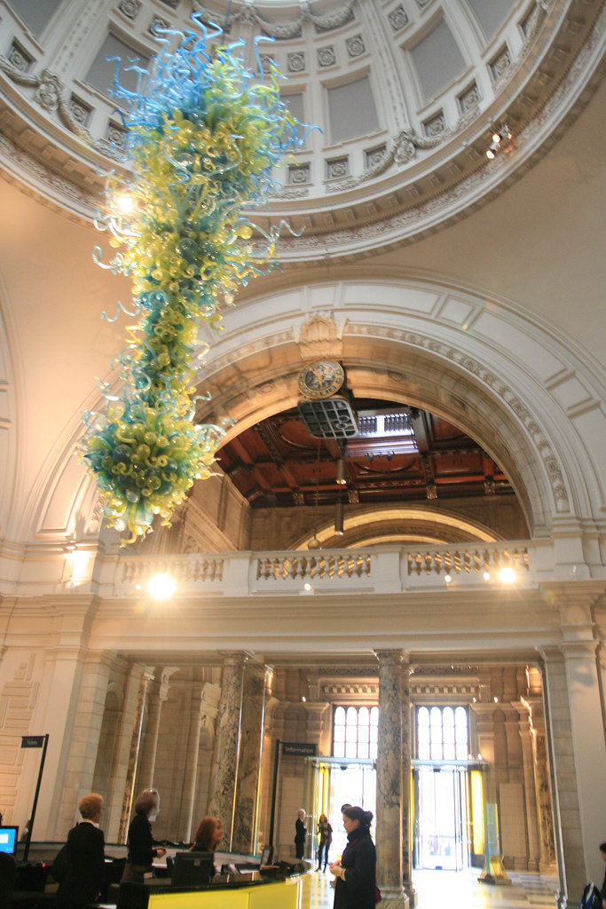 Foyer Museum Victoria : Victoria albert museum entry hall chihuly virgosun
