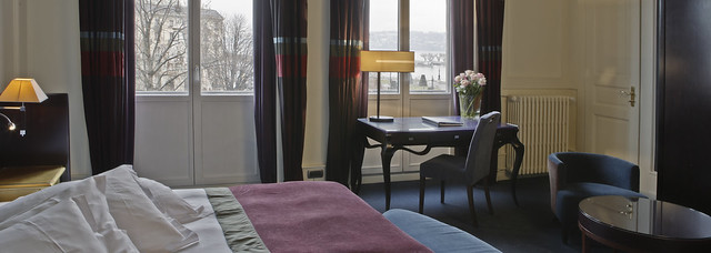 Chambre deluxe vue partielle deluxe room partial lake for 7047 design hotel
