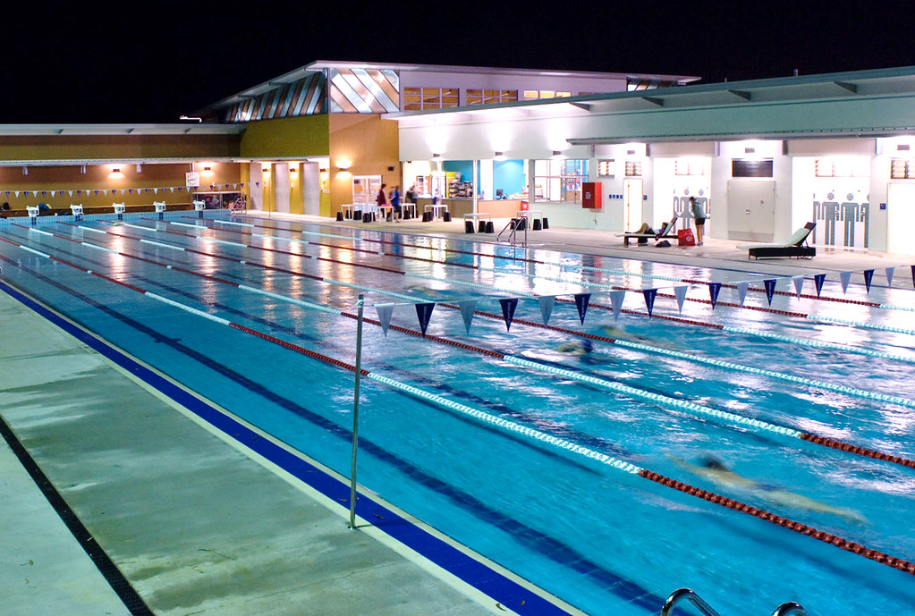 Colmslie pool at night brisbane city council flickr - Brisbane city council swimming pools ...