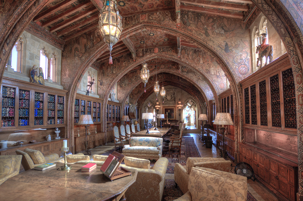 Hearst castle the gothic suite gothic study w r for Castle interior designs