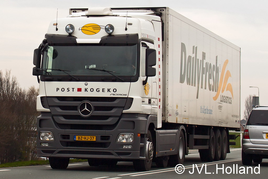 Mercedes Actros Post Kogeko Dailyfresh N220 140307 076 C