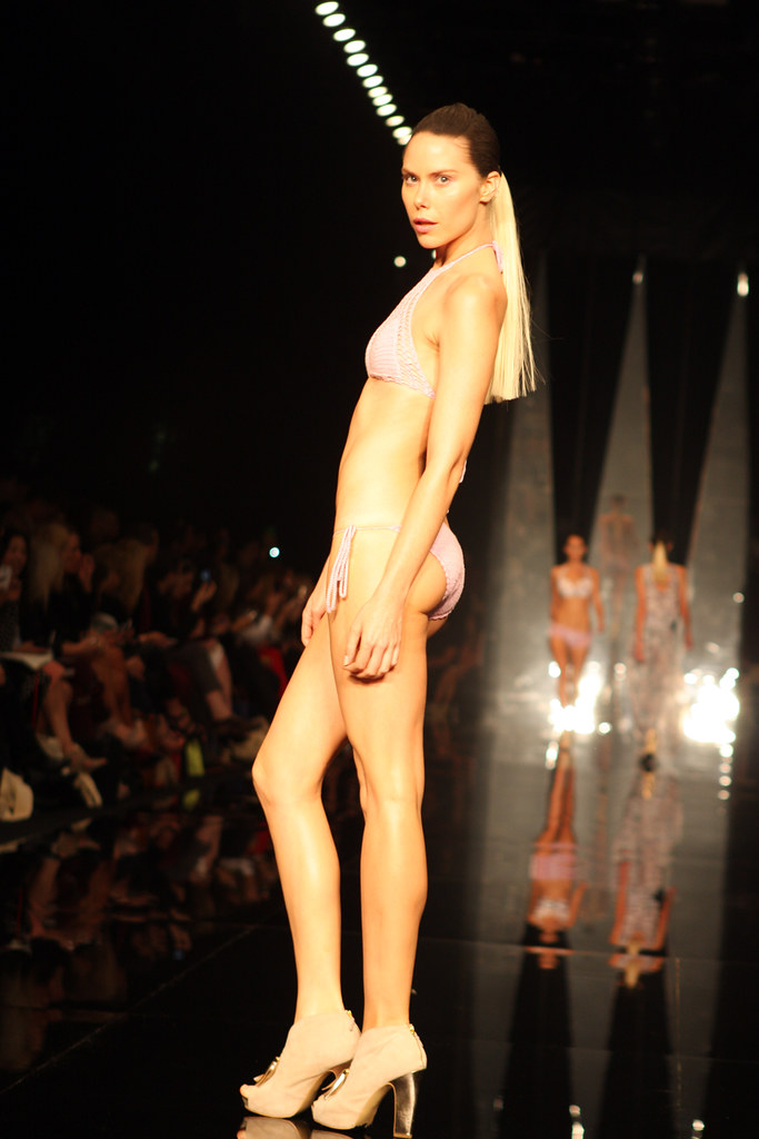 Australian Fashion Designers S