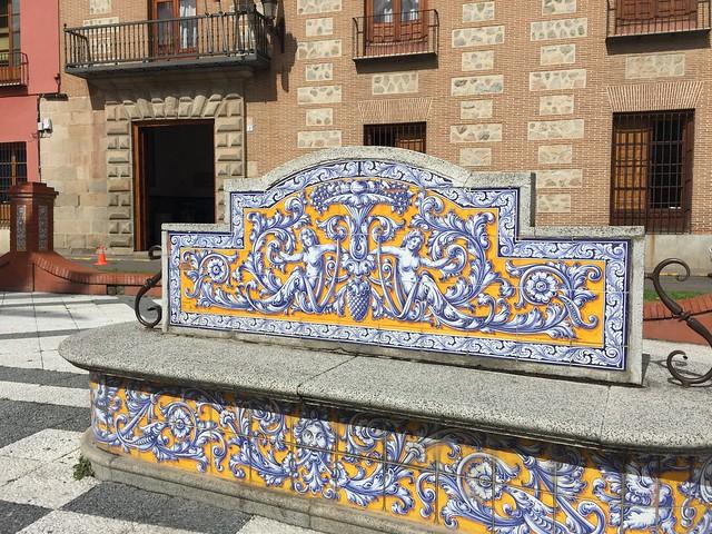 Banco de la Plaza del Pan (Talavera de la Reina)