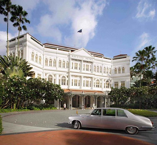 Raffles Hotel Singapore, facade, day, Bentley