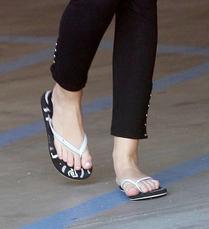 Miley-Cyrus-Feet-469815 | phillies3 | Flickr