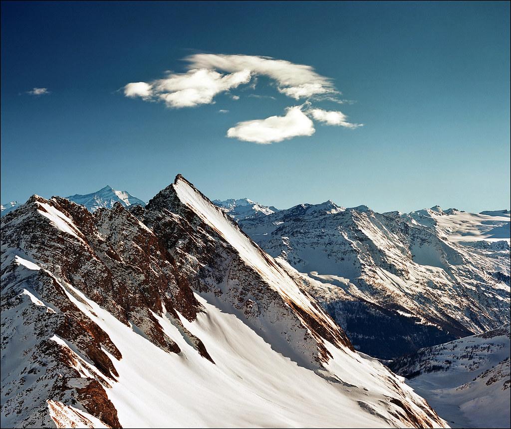 Alpine peaks - Courmayeur (Italy)
