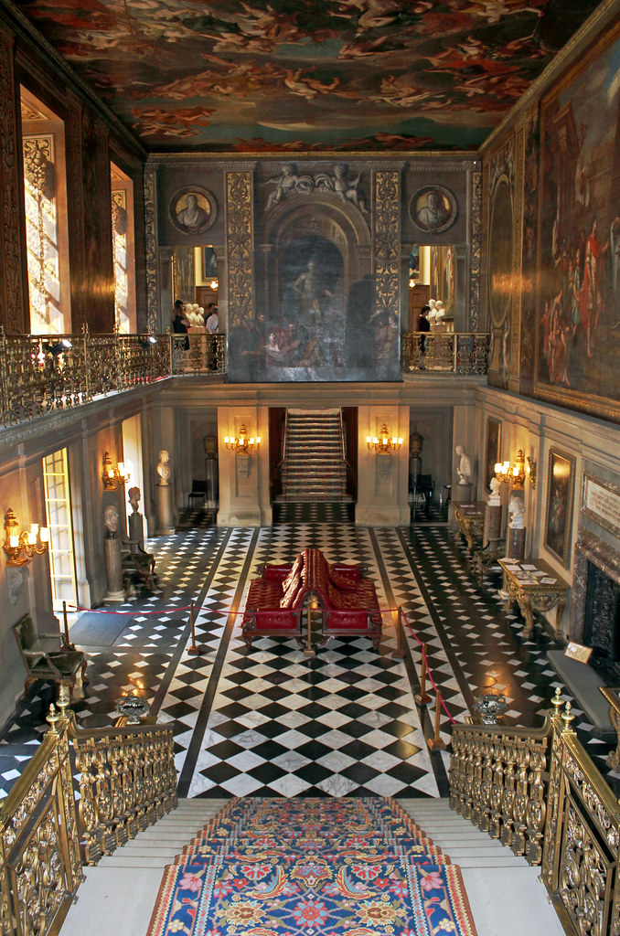 chatsworth house the painted hall derbyshire the