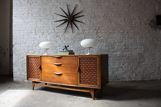 Handsome Lane Perception Mid Century Modern Oak and Walnut Credenza (U.S.A, 1960's) | by Kennyk@k2modern.com