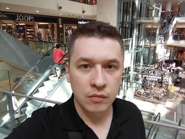 Снимок с фронтальной камеры Meizu PRO 6