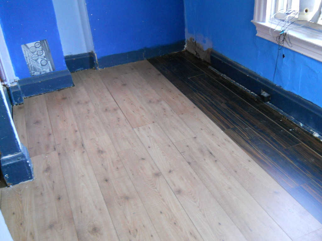 Top 28 how to get paint out of laminate flooring how for How to get paint out of wood floors