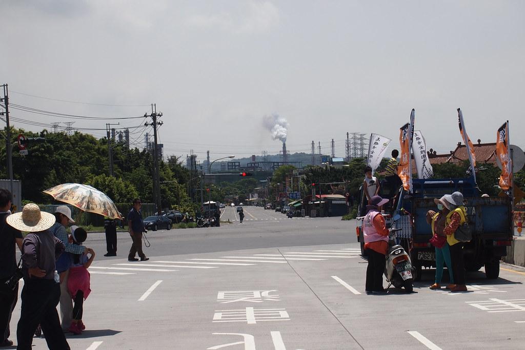 605高雄小港反污染大遊行。攝影:李育琴
