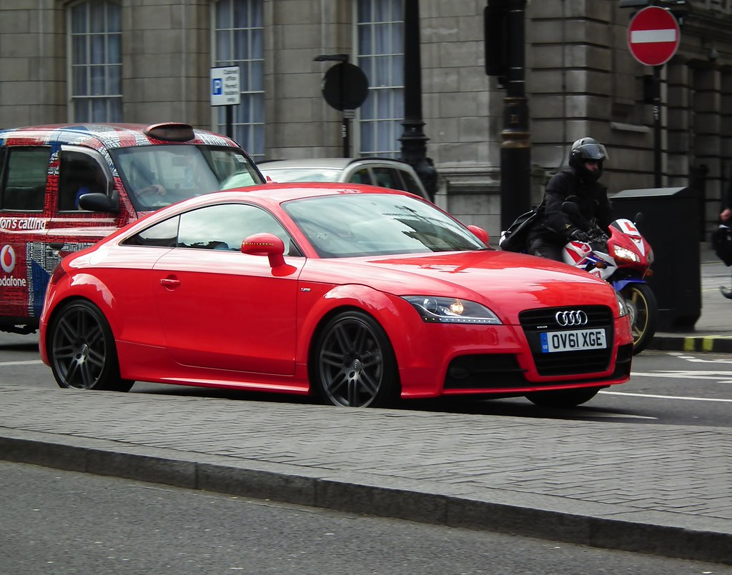 Audi TT Black Edition | 2011 Audi TT S-Line Black Edition ...