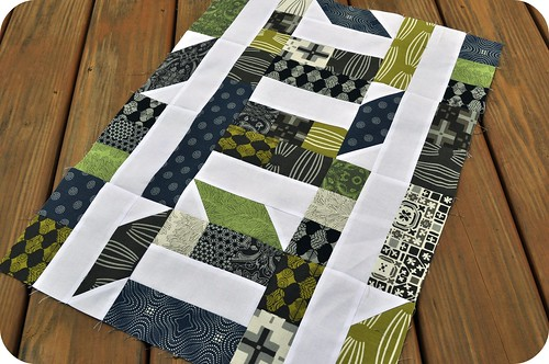 Collaborate & Commemorate | A mini quilt and signature block pattern | by j_q_adams