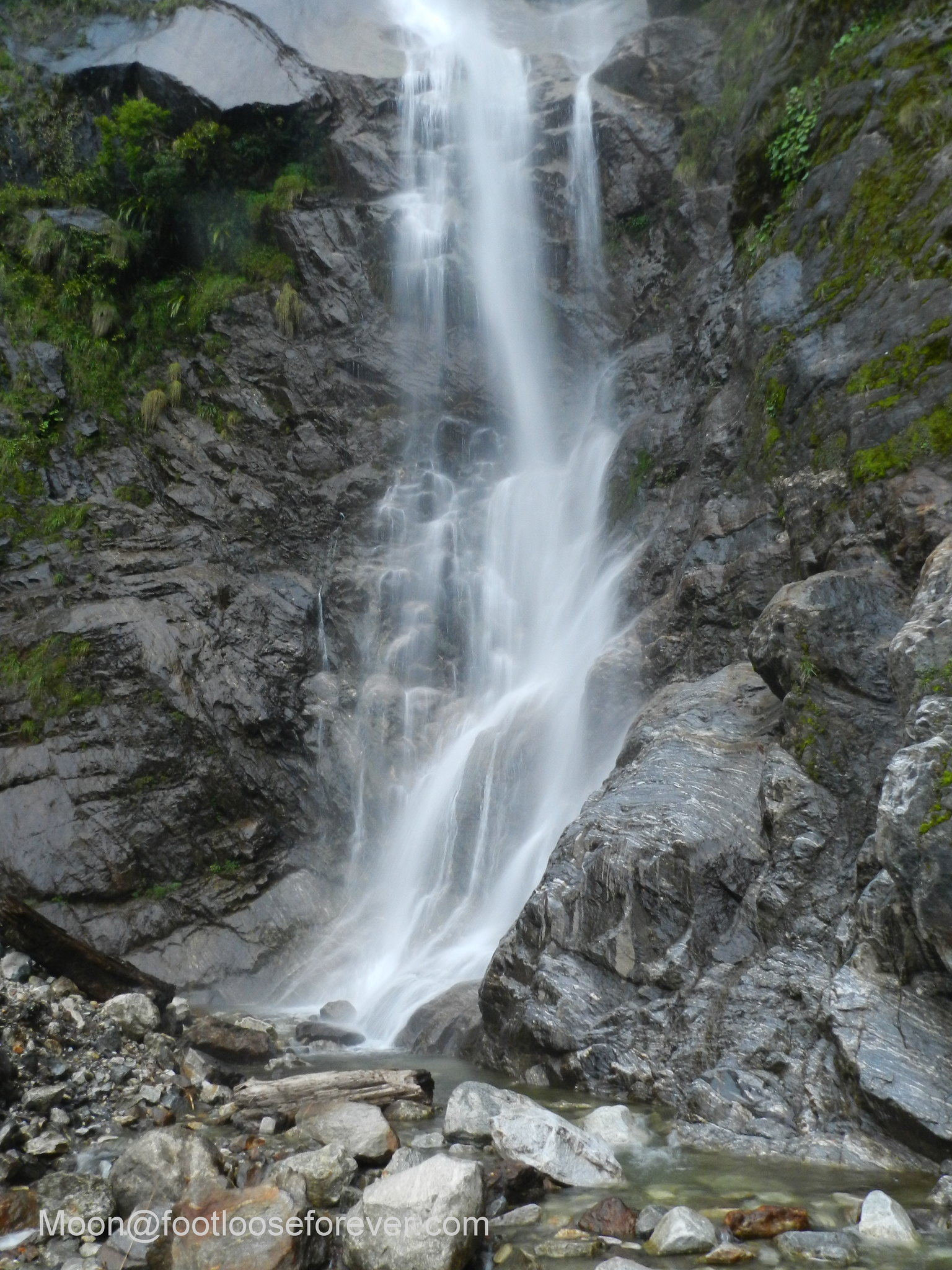 waterfall, lachung, sikkim