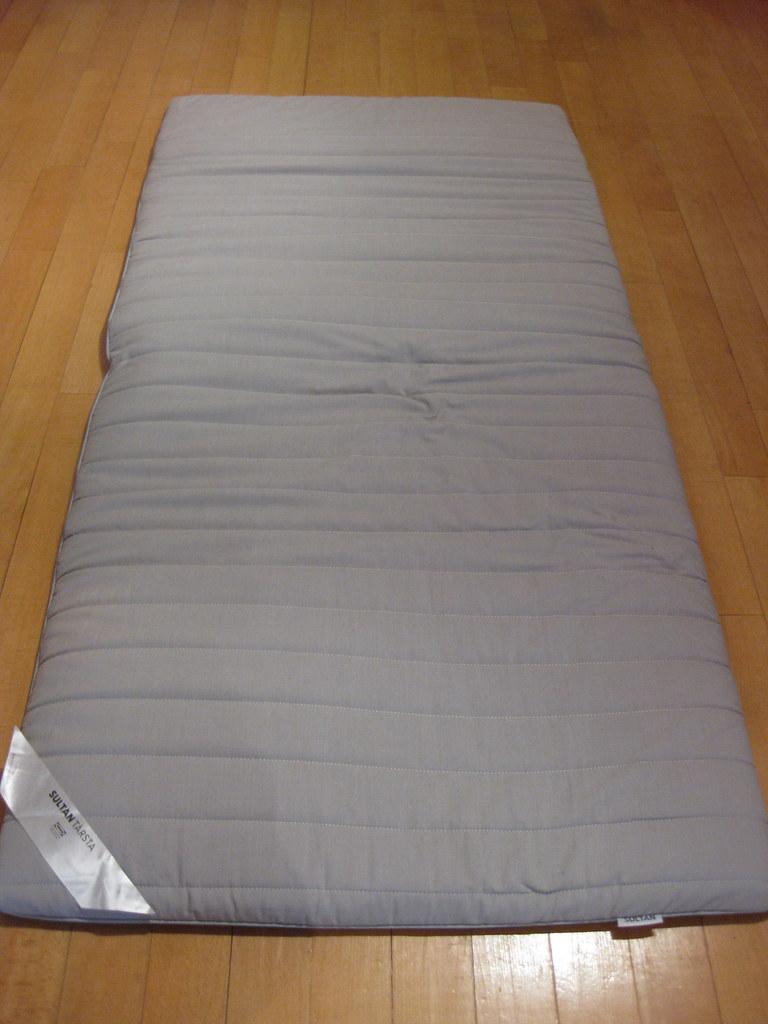 Ikea sultan tarsta single mattress topper 200 sold for Ikea bed topper