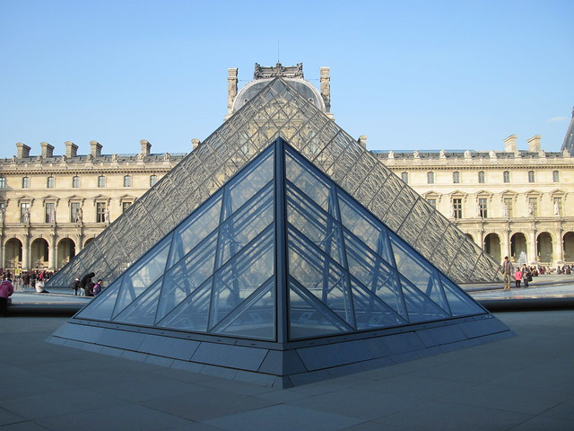 Pyramide du louvre 2 flickr photo sharing - Pyramide du louvre 666 ...