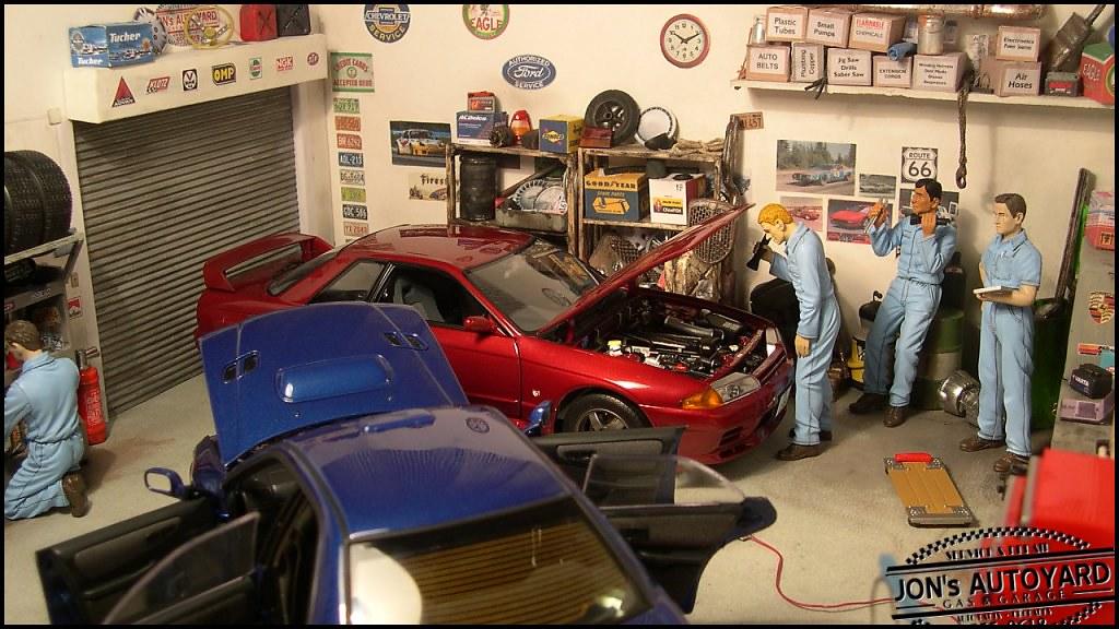 1 18 jon 39 s autoyard diorama overall view of the garage for Garage auto b2