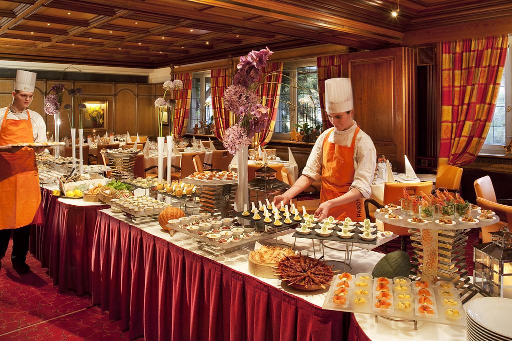 Brunch buffet du dimanche le parc h tel restaurants for Hotels obernai