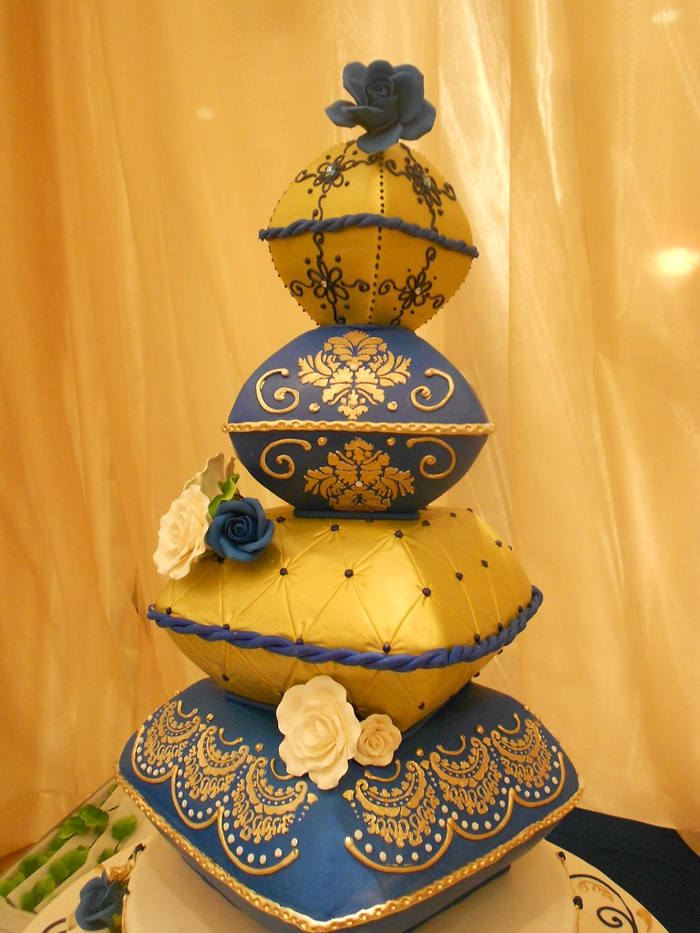 gold  u0026 blue wedding cake pillows  1003