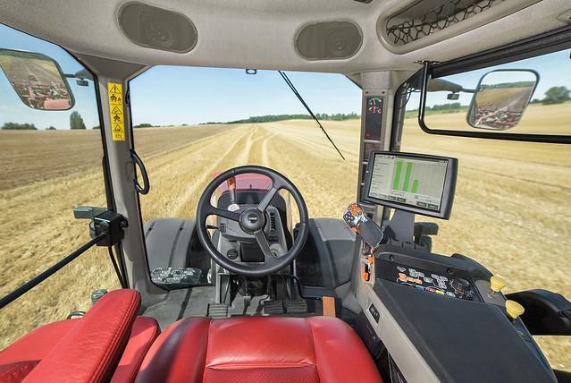 Inside Tractor Pulling : Case ih magnum cvx interior flickr photo sharing