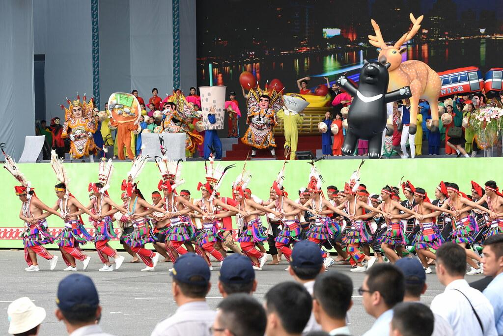 「台灣之光」呈現原民及各族群形象。(攝影:宋小海)