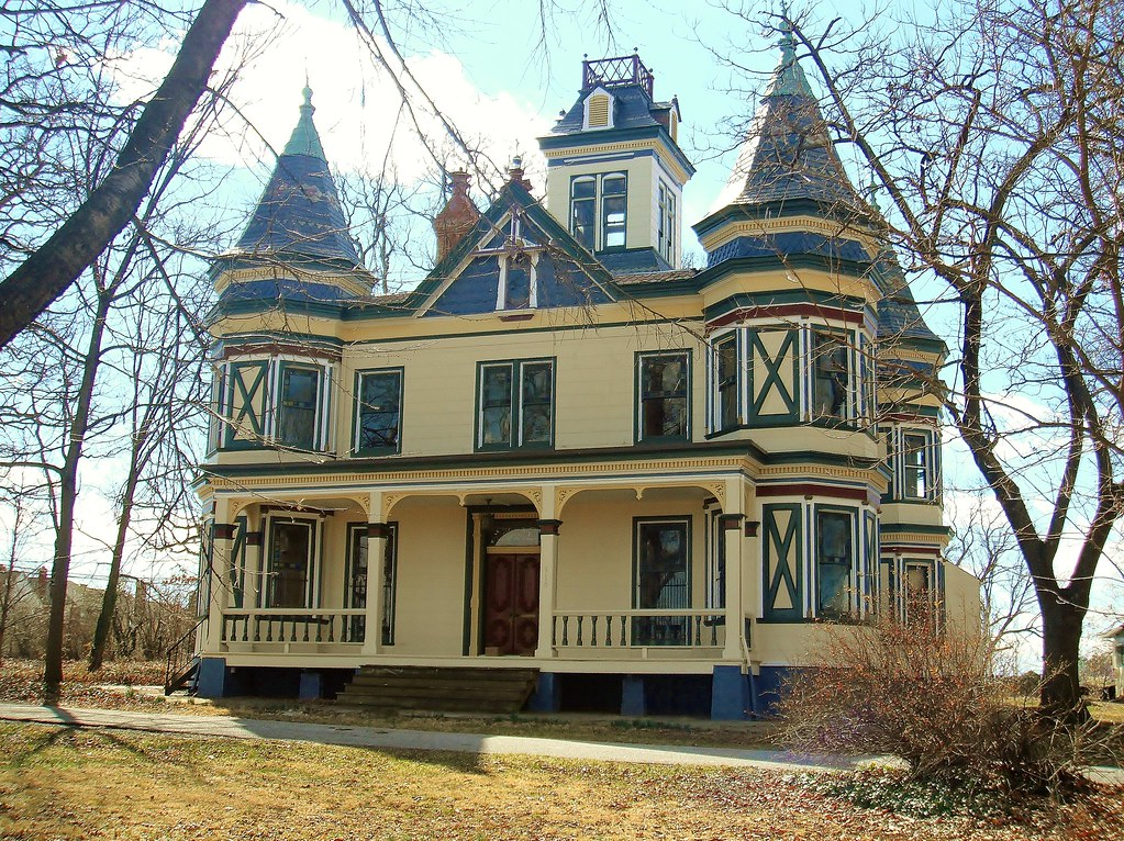 Arbutus md homewood 910 maiden choice lane built in for How to build a victorian house