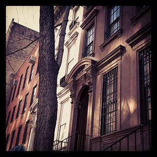 #newyork #nyc #city #brownstone | by Marilyn P Sushi