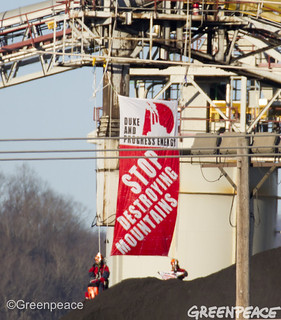 Coal Loader Message For Duke | by Greenpeace USA 2016