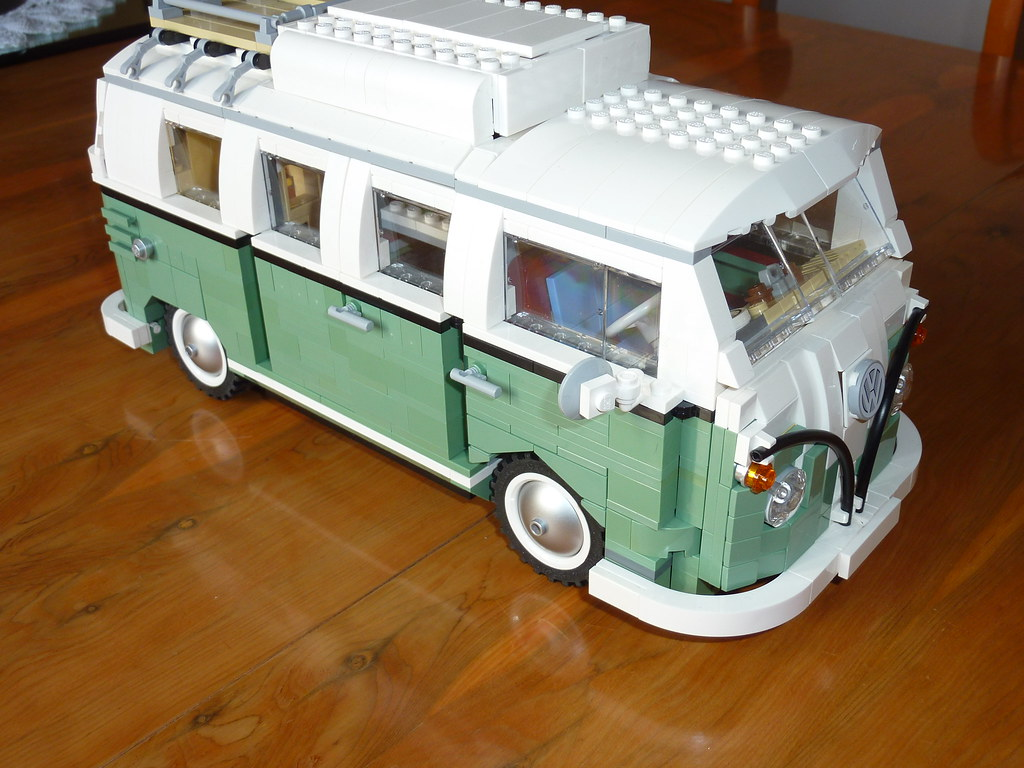 lego t1 camper sand green must buy the proper set now. Black Bedroom Furniture Sets. Home Design Ideas