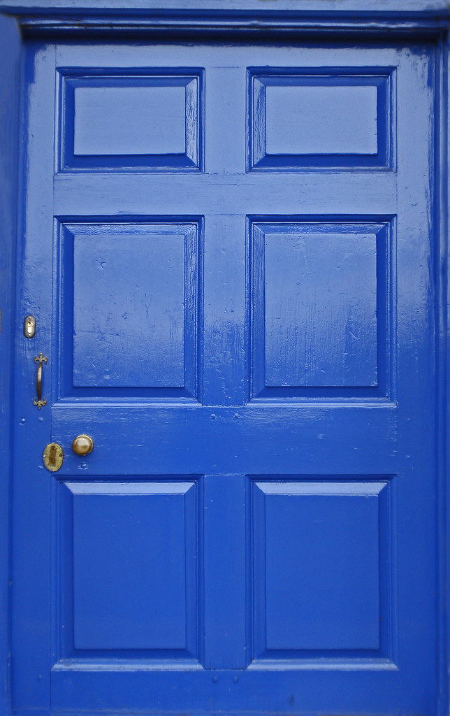 February 20th blue door st bartholomew 39 s church binley for Isoler phoniquement une porte