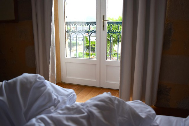 Waking Up at Hostellerie de L'Imaginaire | www.rachelphipps.com @rachelphipps