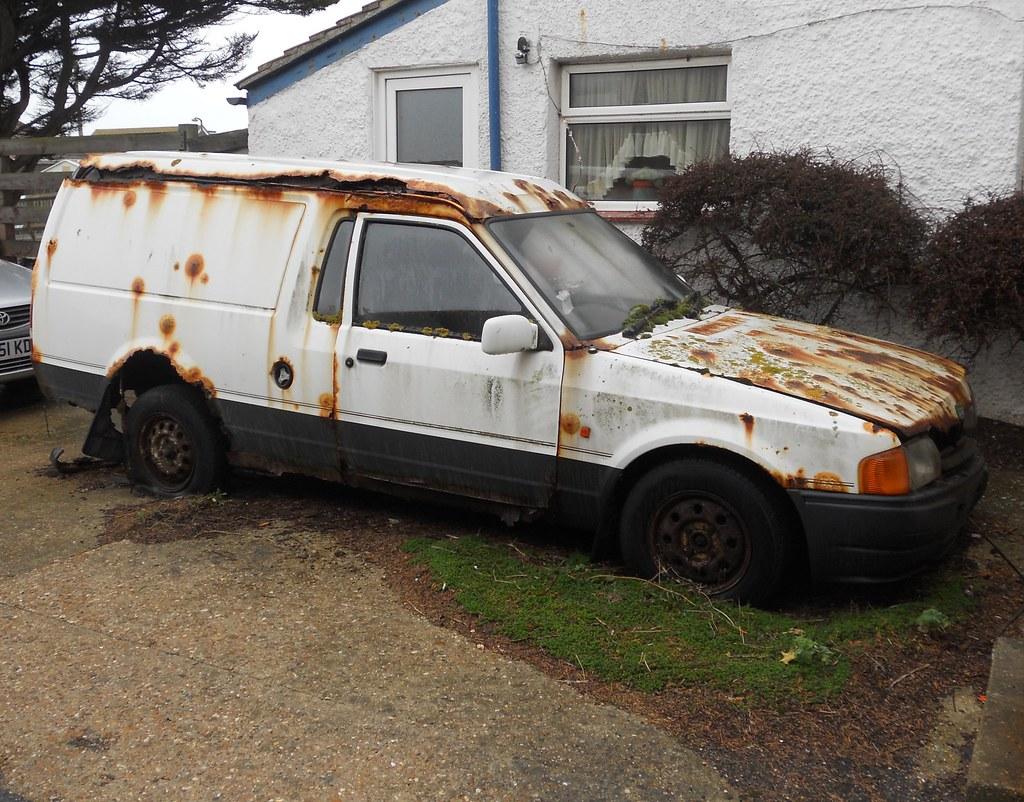 1988 Ford Escort Van This Vans Location Not Too Far