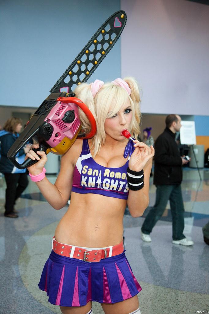 WonderCon_108   Jessica Nigri - San Romero Knights ...